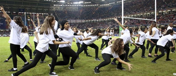 Dance Students Take Over the Pitch at Rugby World Cup Opening Ceremony