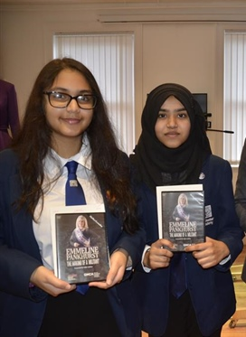 Manchester Academy Students first to receive DVD of...