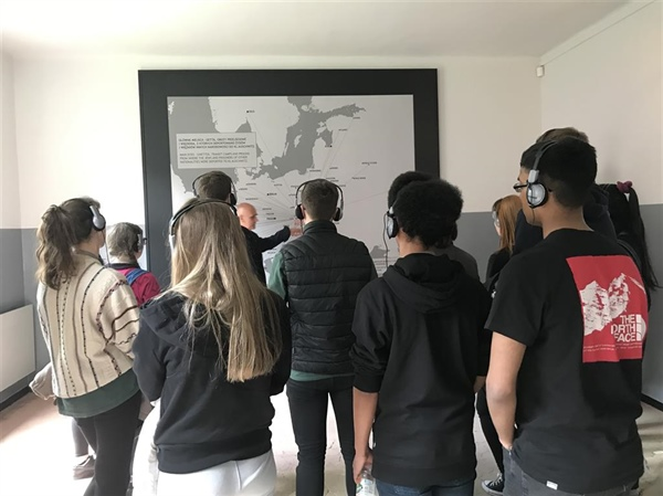 Sheffield Park Academy students remember The Holocaust